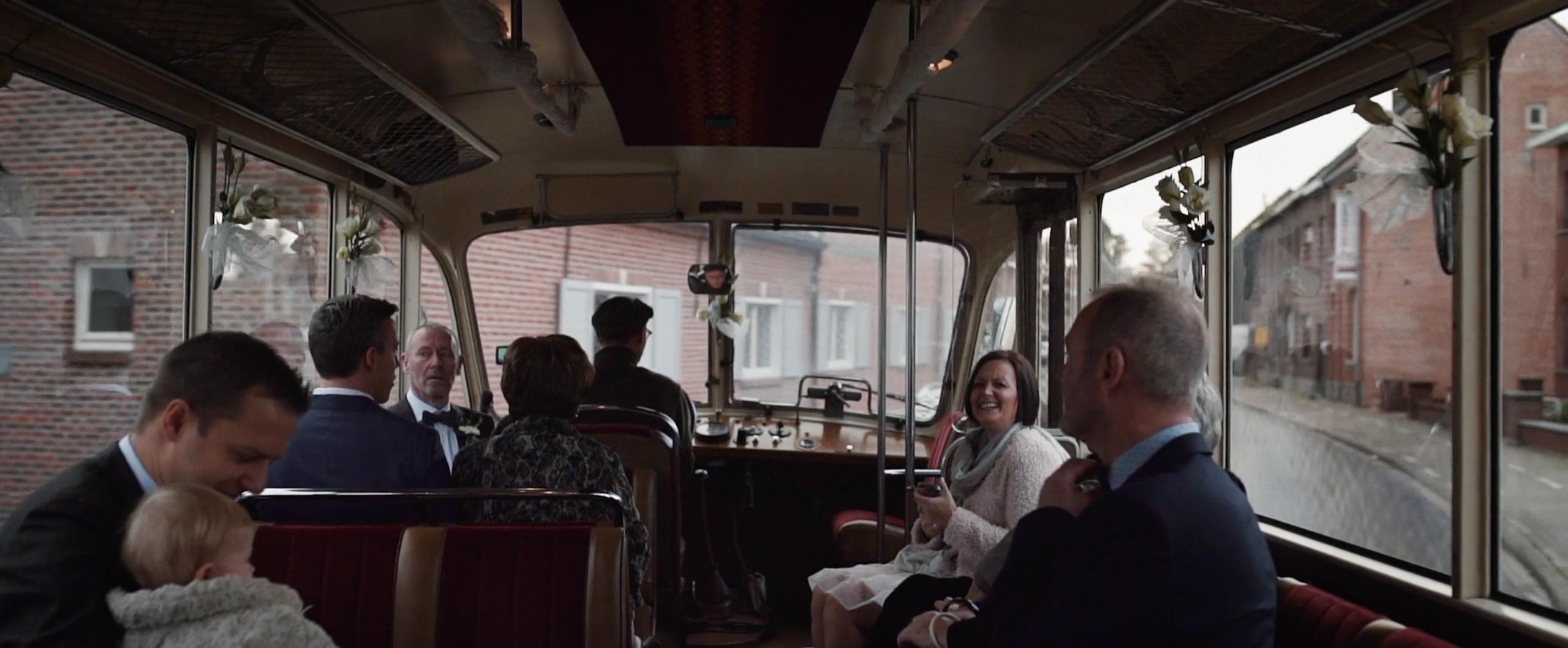 trouwfilm antwerpen zwitserse bus