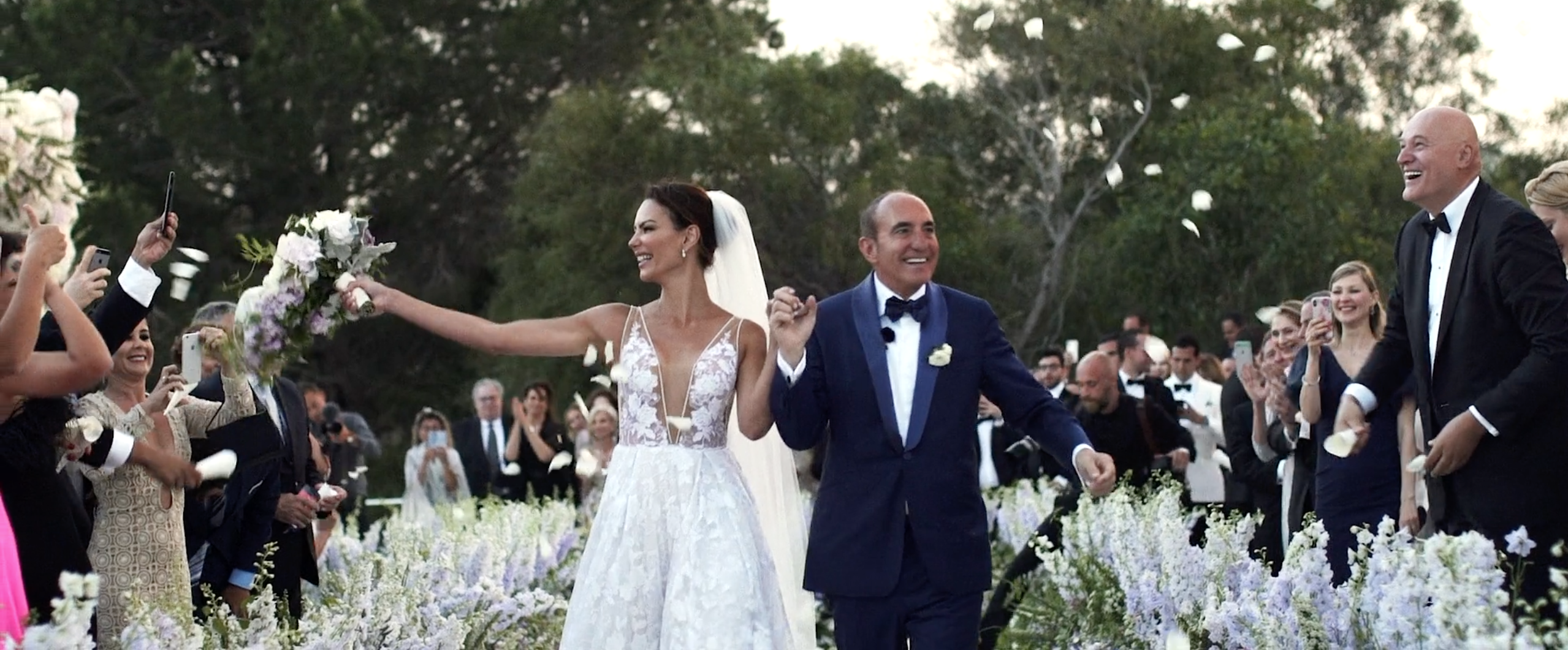 Elegant luxury wedding in Sardine, Italy / Luciane & Jay